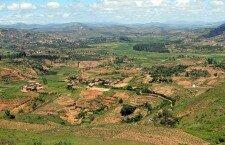 Les assemblées d'habitants à Madagascar – les Fokon'ola – et les zones autonomes provisoires : un message d'espoir et de raison